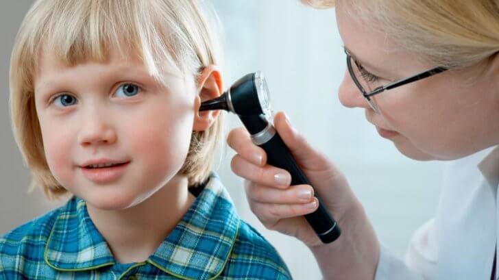 нарушение слуха при аденоидах