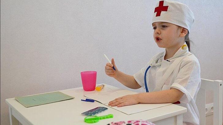 Как вылечить аденоиды у ребёнка без операции