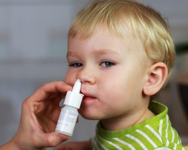Как лечить насморк при аденоидах