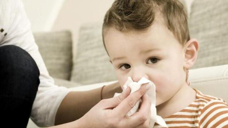 Как вылечить аденоиды у ребёнка?